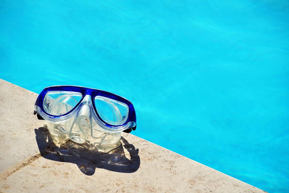 cómo cuidar de tu piscina de poliéster