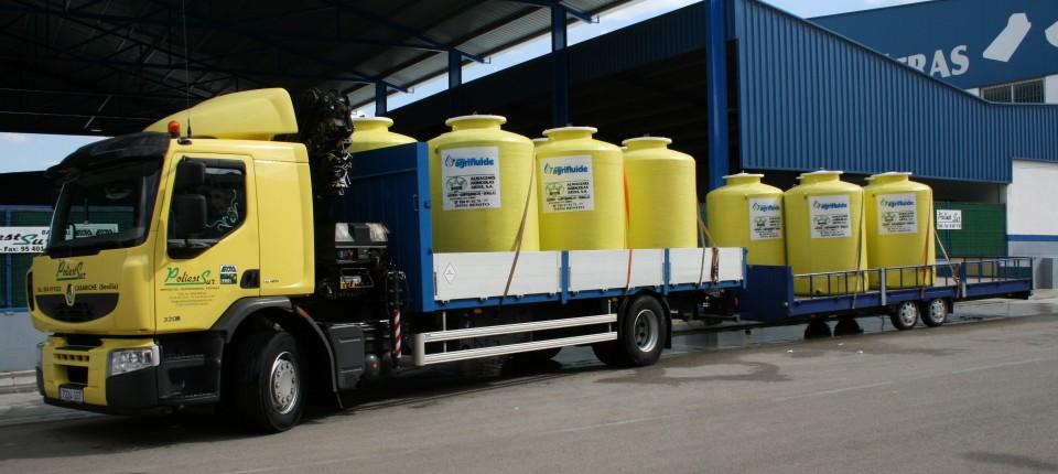 depósitos de poliéster para almacenar productos químicos