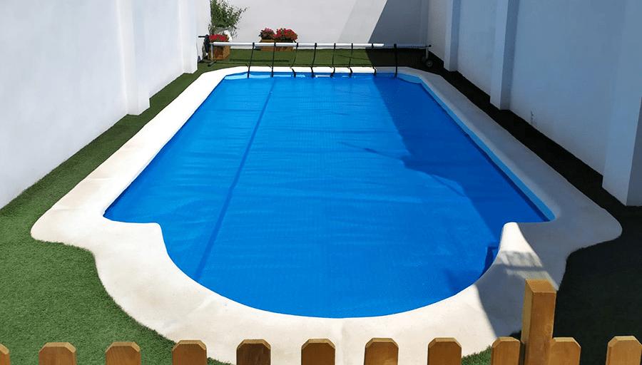piscina de poliéster en invierno, Poliéster Sur
