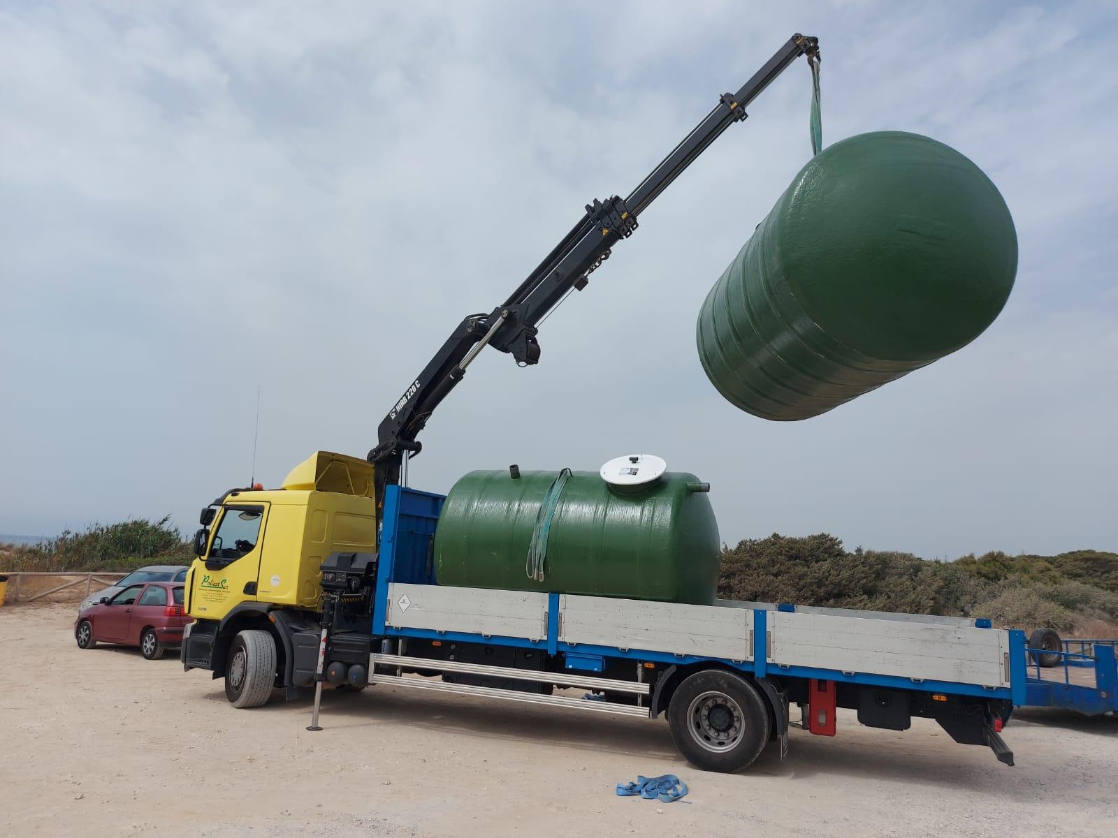 depósitos de poliéster para almacenar aguas
